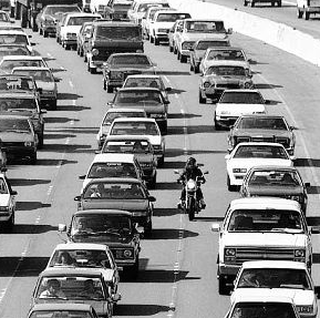 Motorcycle Lane Splitting in California White Lining - Motorcycle Accident Lawyers in Bakersfield