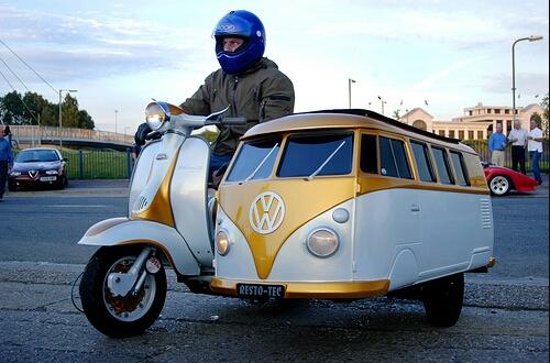 VW Bus Sidecar