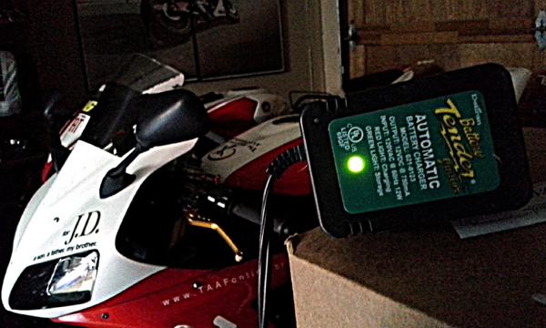 motorcycle_battery_tender