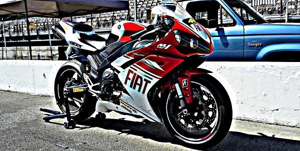 Yamaha R1 Trackbike
