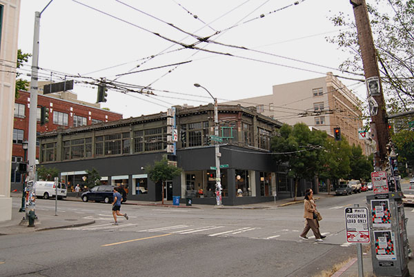 Capitol Hill, Seattle, Intersection
