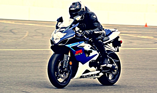 Is the GSXR-1000 a good beginner motorcycle?