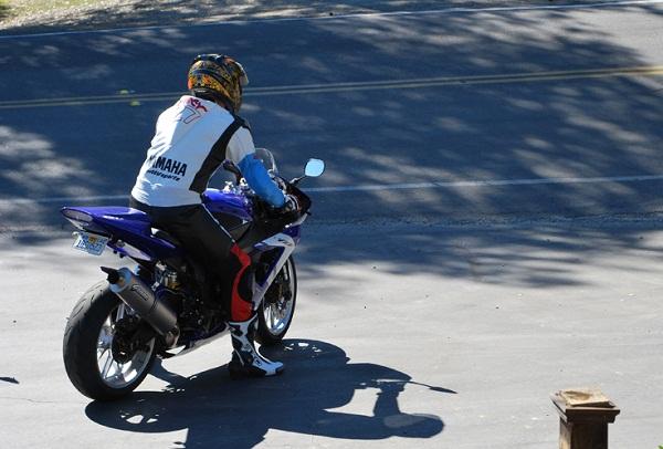 Yamaha R1 street use
