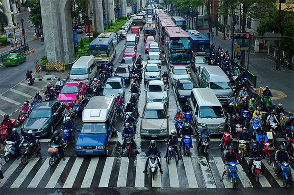 Tips motorcycle riding traffic