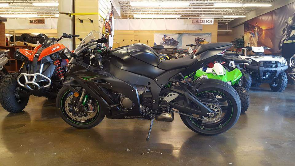 The first ZX10R I test rode in TN.