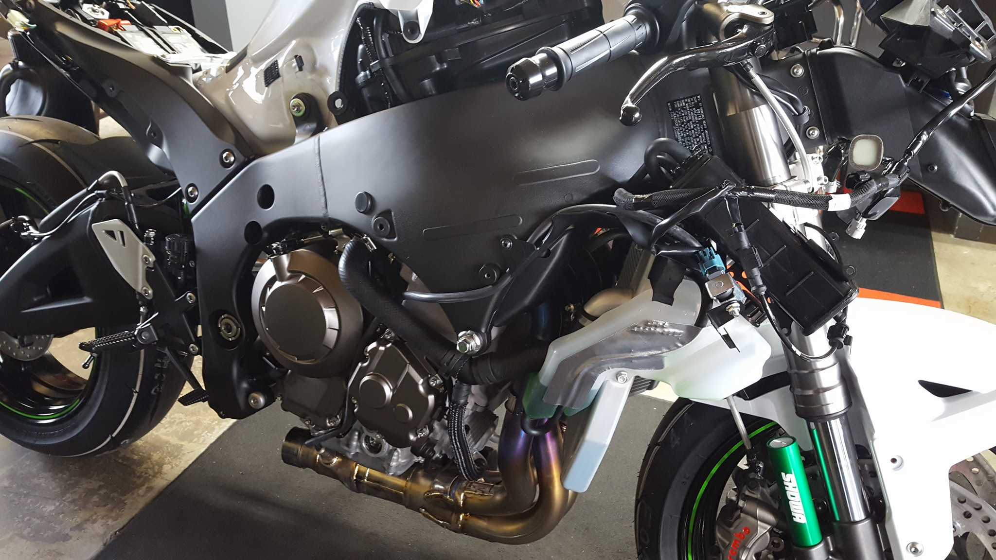 ZX10R motorcycle stripped naked